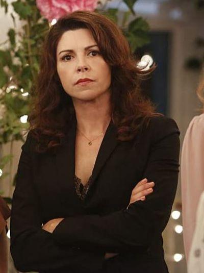 Actress Pietz in the series No Tomorrow