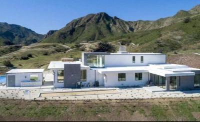 Taylor Lautner's house in Agoura Hills, California